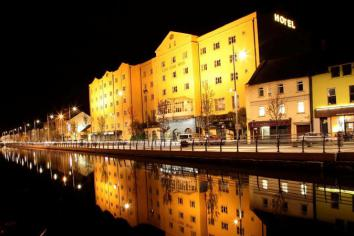 Newry nights amongst the best in UK and Ireland - and that's official!