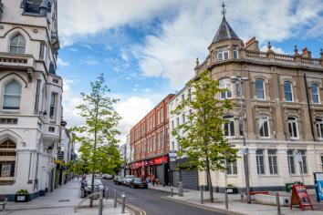 Newry Chamber Welcomes Decision to Open High Street Shops